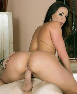 muy atractivas lindas imágenes HD niñas desnudas para descargar